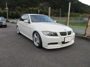 BMW 3シリーズ 325i Mスポーツ 左ハンドル