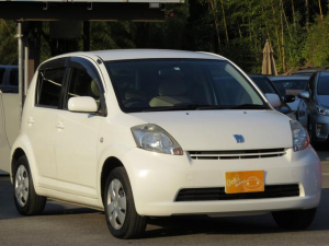 トヨタ パッソ X ナビ ETC 新品バッテリー 新品ブレーキパッド 白