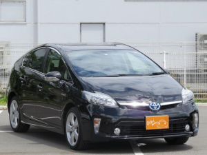 トヨタ プリウス Sツーリングセレクション地デジ・LED・Bluetooth