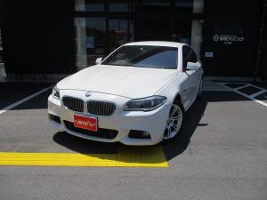 BMW 5シリーズ 523dブルーパフォーマンスMスポーツパッケージ