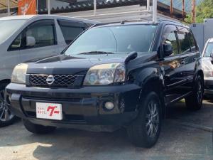 日産 エクストレイル Xtt 4WD DVDプレーヤー ETC スマートキー シートヒーター 16インチアルミ HID オートエアコン 革巻ステアリング