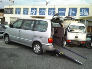 日産 セレナ 福祉車輛 ワンオーナー 禁煙車 スローパー 電動スロープ
