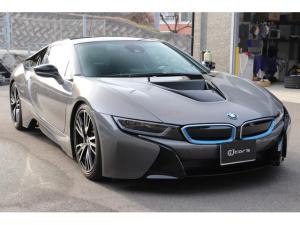 BMW i8 ベースグレード ピュアインパルス