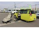 トヨタ/スペイド F サイドアクセス車 脱着シート仕様(電動式)3人乗り