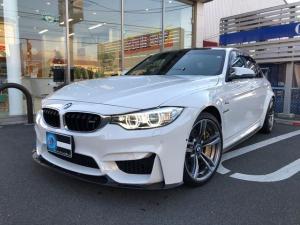 BMW M3 M3 3Dデザインカーボンエアロ 3Dレーシングウイング アクラポヴィッチマフラー Mカーボン・セラミック・ブレーキ・システム 19インチアルミホイール パーキングサポート レーンチェンジワーニング