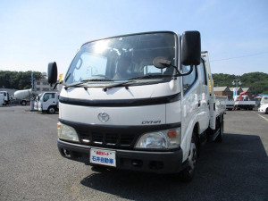 トヨタ ダイナトラック ダブルキャブ ロング 2t積 全低床 荷台内寸・長334cm・幅179cm