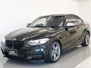 BMW 2シリーズ M235iクーペ 6速MT リヤビューカメラ PDC ダブルAC コンフォートアクセス 純正HDDナビ USB Bluetooth フロント電動シート 純正18インチAW