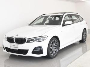 BMW 3シリーズ 318iツーリング Mスポーツ パノラマサンルーフ コンフォートパッケージ Hifiスピーカー オートトランク ハイビームアシスタント トップビュー アクティブクルーズコントロール 純正18インチアロイホイール 弊社デモカー