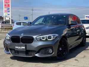 BMW 1シリーズ 118i Mスポーツ エディションシャドー タッチパネル式HDDナビ ダークカラーLEDヘッドライト 18インチ純正AW(ジェットブラック) MエアロダイナミックPKG ハイグロス・ブラックキドニーグリル LEDフロントフォグランプ