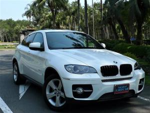 BMW X6 xDrive 35i 黒革・サンルーフ・ナビ地デジ