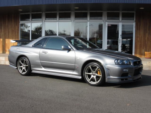 日産 スカイライン GT-R VスペックII 1オーナー禁煙 無改造車