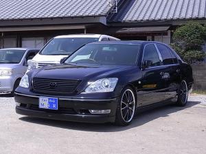 トヨタ セルシオ eR仕様 DVDマルチ 黒革シート サンルーフ 19AW