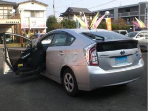 トヨタ プリウス S ウェルキャブ 助手席リフトアップAタイプ ナビ