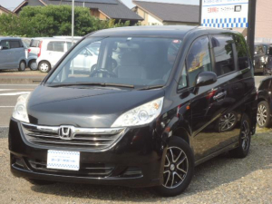 ホンダ ステップワゴン G Lパッケージ HIDヘッドライト 15インチアルミ リモコンキー 左側電動スライドドア CDオーディオ