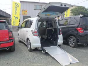 トヨタ ラクティス G 車いすスローパー 車体昇降 メモリーナビTV ETC