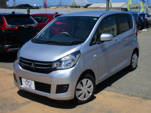 三菱 eKワゴン M e-アシスト 4WD ナビ シートヒーター ETC 地デジ DVD Bluetooth