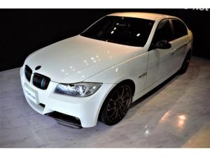 BMW 3シリーズ 323i Mスポーツパッケージ 純正ブラックラインテール/ビルシュタイン車高調/レイズ19インチAW/カーボントランクスポイラー/カーボンスプリッター/社外4本出しマフラー/社外リアバンパー/ドアモールマットブラック塗装