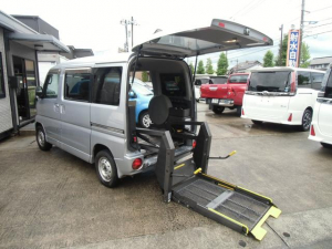 三菱 タウンボックス 4WD 車いす移動車 電動リフト 福祉車両