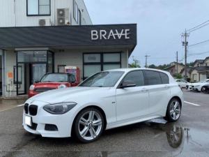 BMW 1シリーズ 116i Mスポーツ ドアハンドルでロック解除機能付きコンフォートアクセス ヘッドライトプロテクションフィルム オプション18インチ ドアミラーカーボン 社外地デジチューナー、バックカメラ、ETC