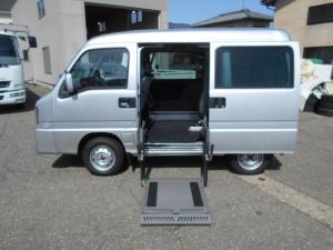 スバル サンバーバン ディアス スーパーチャージャー 4WD 車椅子移動車 車椅子固定装置 パワーリフト付き 福祉車両