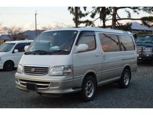 トヨタ ハイエースワゴン リビングサルーンEX トリプルムーンルーフ