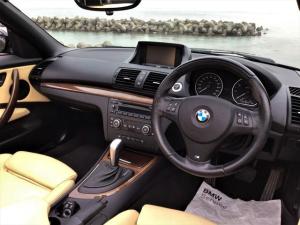 BMW 1シリーズ 120i カブリオレ Mスポーツパッケージ オーダーインテリア 女性2オーナー Mスポーツ カブリオレ 地デジ Bモニター ディーラー下取り車 ガレージ保管 低走行