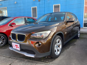 BMW X1 sDrive 18i キセノンヘッドライト 茶革シート パワーシート スマートキー プッシュスタート