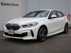 BMW 1シリーズ 118i Mスポーツ 認定中古車 元デモカー ナビゲーションパッケージ コンフォートパッケージ リバースアシスト パーキングアシスト 前車接近警告 被害軽減ブレーキ 車線逸脱警告 電動テールゲー Bluetooth
