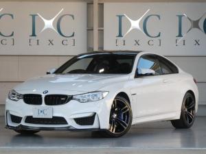 BMW M4 M4クーペ 7速DCT Fスポイラー トランクスポイラー付き 純正OP19AW カーボンルーフ 黒本革Pシート シートヒーター HDDナビ iドライブ フルセグTV Bカメラ Bluetooth対応 1オーナー車