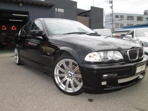 BMW 3シリーズ 320i ロ-ン審査不安な方も是非一度ご相談下さい!フルエアロ 18インチサマータイヤ スノータイヤ 禁煙車