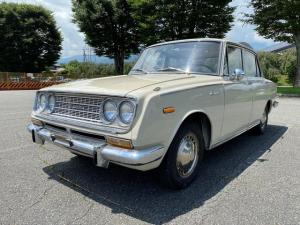トヨタ コロナ デラックス 1967y US北米仕様 左ハンドル