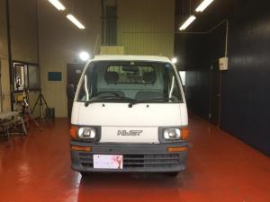ダイハツ ハイゼットトラック 4WD 5MT 内装清掃済み サイドフレーム穴埋め修理済み