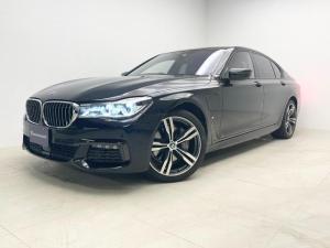 BMW 7シリーズ 740eアイパフォーマンス Mスポーツ 1オーナー 黒革 サンルーフ マッサージ・20インチMアルミホイール・マッサージ機能付きシート・TV・ナビ・ETC・360度カメラ・ソフトクローズドア・リヤエンターテイメントプロ・HARMANサウンド