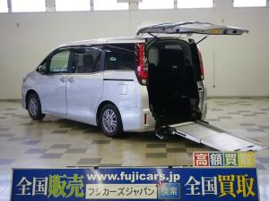 トヨタ エスクァイア Xi 4WD 車椅子2基 電動ウィンチ TSS 両側電動
