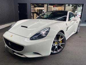 フェラーリ カリフォルニア ベースグレード GTOグリル/カーボンパーツ/パワクラ
