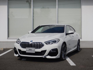BMW 2シリーズ 218iグランクーペ Mスポーツ IDRIVEナビゲーションパッケージ アクティブクルーズコントロール ワンオーナー 2年間走行無制限保証