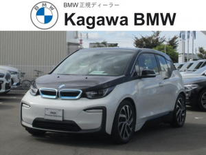 BMW i3 スイート レンジ・エクステンダー装備車 パーキングパッケージ 19インチアルミホイール フロントシートヒーティング 携帯電話ワイヤレスチャージ アダプティブクルーズコントロール バックモニター ナビ ETC スマートキー