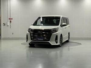 トヨタ ノア Si ダブルバイビーII 電動スライドドア スマートキ-
