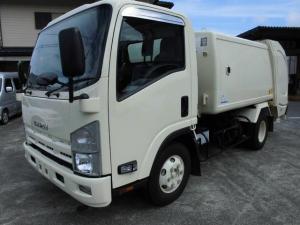 いすゞ エルフトラック 塵芥車 巻込み式6.1立米新明和 最大積載量2,950Kg