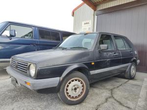 フォルクスワーゲン ゴルフ '90ブラック 限定車 内外装機関仕上げ中