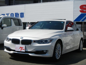 BMW 3シリーズ 320iラグジュアリー サンルーフ 純正ナビ 電動レザー