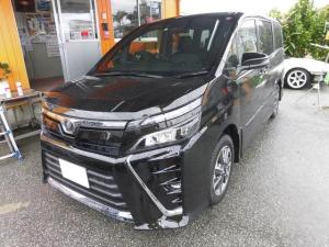 トヨタ ヴォクシー 新車・ZS・OP付き