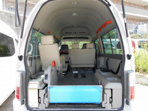 日産 キャラバンバス 福祉車両 2基積 リフト式