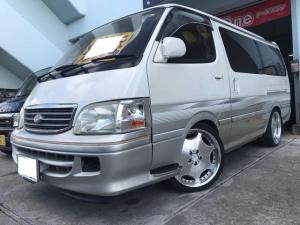 トヨタ ハイエースワゴン スーパーカスタムG リビングサルーン ディーゼルターボ