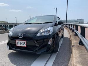 トヨタ アクア S 2年保証 ナビ・フルセグTV Blutooth タイヤ山9割 プッシュスタート バックカメラ