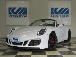 ポルシェ 911 911カレラ4GTS カブリオレ スポーツクロノP 本革シート(クレヨン) ドラレコ TVチューナー 18WAYスポーツシート PASM エントリー&ドライブ LEDヘッドライト(PDLS付) 20ブラックAW