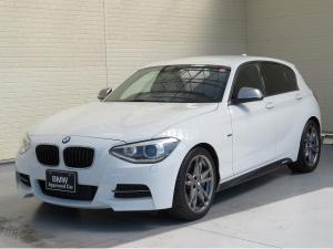 BMW 1シリーズ M135i 認定中古車 キセノン パーキングサポートPKG リアPDC コンフォートアクセス 純正ナビ iDriveナビ リアビュ-カメラ 純正ETC