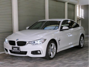 BMW 4シリーズ 420i xDriveグランクーペ Mスポーツ ブラックレザーシート オートトランク アクティブクルーズコントロール キセノンヘッドライト 18アルミ レーンディパーチャーウォーニング 純正ナビ Bカメラ ETC コンフォートアクセス 認定中古車