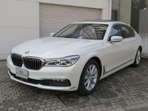 BMW 7シリーズ 740Li プラスPKG LEDヘッドライト 18AW サンルーフ ソフトクローズドア オートトランク コンフォートアクセス レザーシート ブラックレザー 純正ナビ リアモニター ハーマンカードン 認定中古車