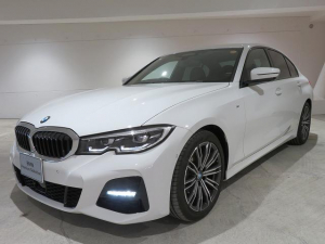 BMW 3シリーズ 320i Mスポーツ ハイラインパッケージ コンフォートPKG LEDヘッドライト 18AW PDC オートトランク コンフォートアクセス レザーシート ブラックレザー 純正ナビ リアビューカメラ HUD 純正ETC Aクルコン 認定中古車